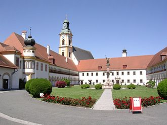 Stift Reichersberg.jpg