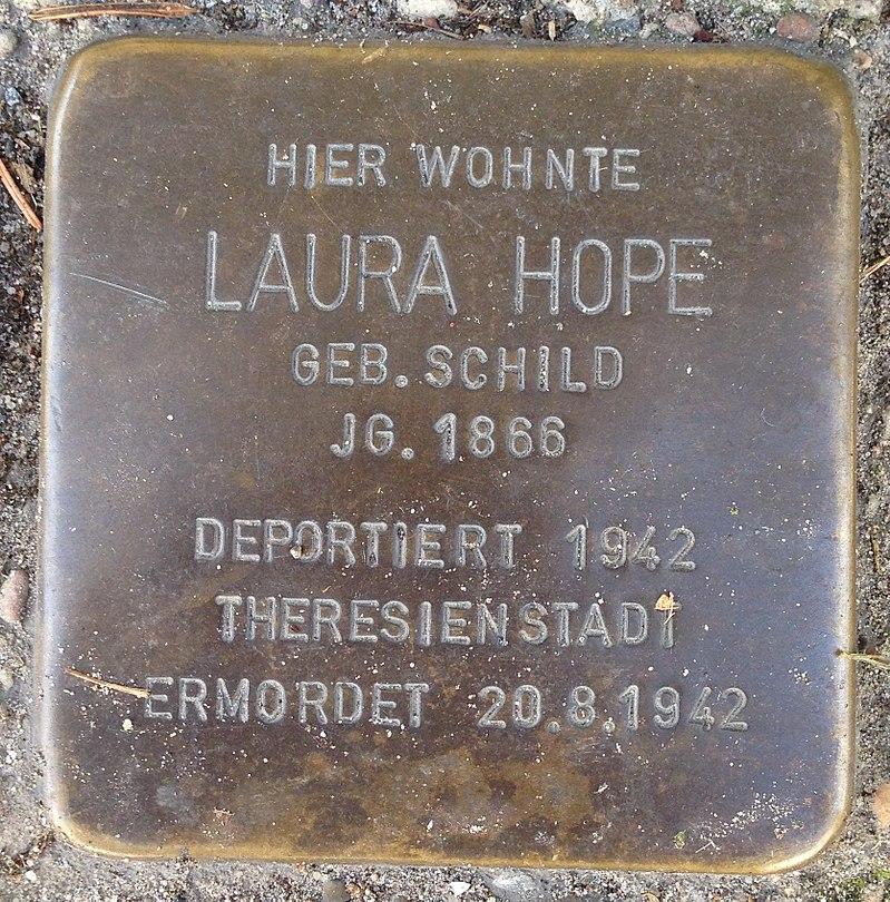 Stolperstein Verl Hauptstraße 33 Laura Hope