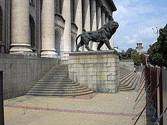 Stone lion in Sofia, Bulgaria 03240.jpg