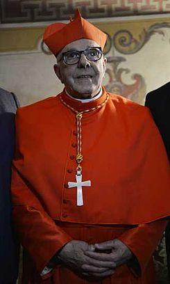 Su eminencia cardenal Luis Héctor villalba.jpg