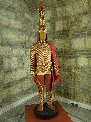 Issyk kurgan - Image: Sun emperor
