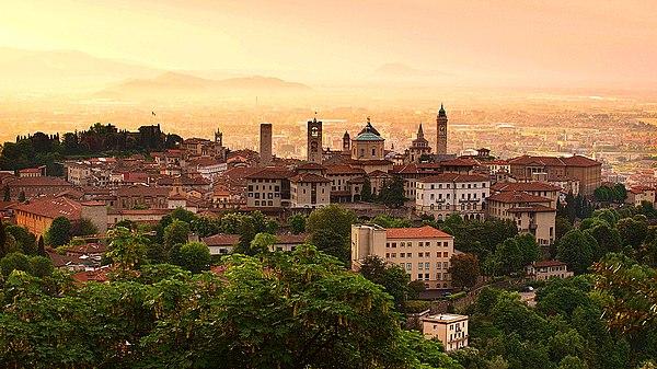 Бергамо Bergamo, Ломбардия, Италия