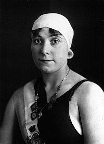 Suzanne Wurtz 1918.jpg