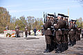 Svinīgā vainagu nolikšanas ceremonija Rīgas Brāļu kapos (5699079532).jpg