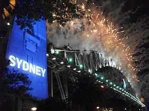 Sydney New Year's Eve 2009–10 - Image: Sydney NYE09 10 2