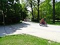 Třeboň, Jiráskova, motorka a auto autoškoly.jpg