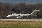 TC-TRB Bombardier CL-600-2B16 Challenger 604 CL60 (24795221962).jpg