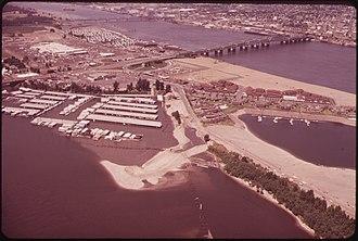 Hayden Island, Portland, Oregon - Bird's-eye view of Hayden Island and the Interstate Bridge in June 1973.