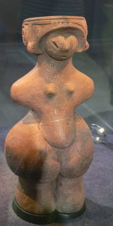 female dogū figurine from the Middle Jōmon period