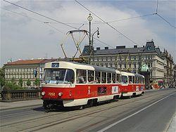 Tatra-strassenbahn-7252 praha-2005-05-16.jpg