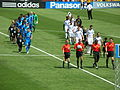 Teams come out at Galaxy at Earthquakes 2010-08-21 2.JPG
