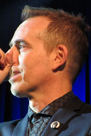 Ted Leo - Ted Leo performing in December 2015, wearing Scott Miller button
