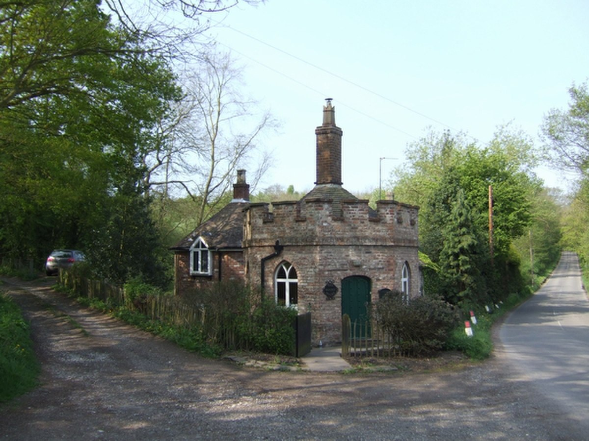 The Round House - geograph.org.uk - 415886.jpg