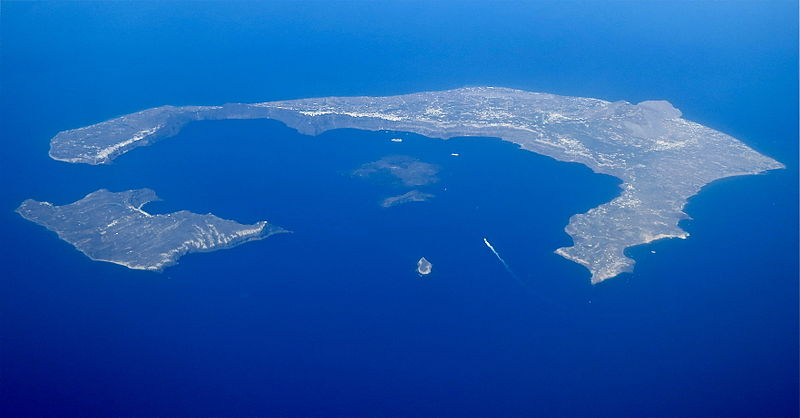 File:The Santorini Caldera.jpg