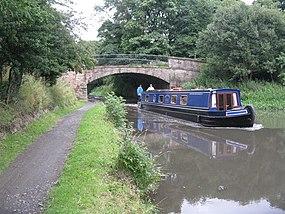 The Union Canal and Hermiston Bridge - geograph.org.uk - 930832.jpg