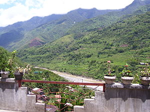 Kalinga (province) - The Chico River passing through Tinglayan