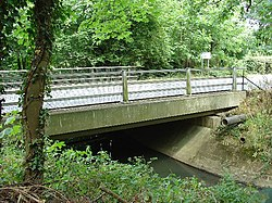 Tinsley Bridge, over the Gatwick Stream, Tinsley Green, Crawley, West Sussex - geograph.org.uk - 28596.jpg