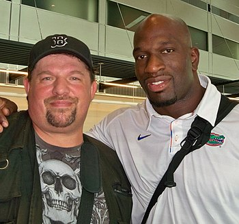 Titus O'Neil with Paul Billets.jpg