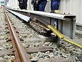 Tokyo Metro Third rail 20130406.JPG