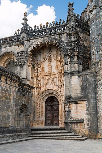 Convent of Christ (Tomar) - The entrance of the Convent church in Manueline style.
