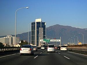 Tōmei Expressway - Tōmei Expressway in Atsugi