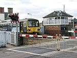 Topsham level crossing 143621.jpg