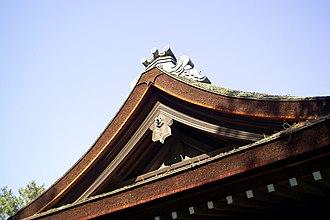 Toyokuni Shrine (Kyoto) - Image: Toyokuni Jinja Bark Roof M1733