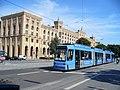 Tram mit Regierung von Oberbayern (Tram with Upper Bavaria Administration Building) - geo.hlipp.de - 21881.jpg