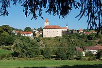 Trausnitz im Tal Burg.JPG