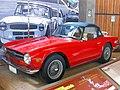 Triumph TR6 1973 (16038825405).jpg