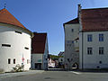 Trochtelfingen-Pulverturm und Schloss105987.jpg