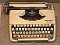 Typewriter-aderty-vn.jpg