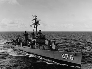 USS Marshall (DD-676) underway at sea on 7 March 1963 (USN 1074969)