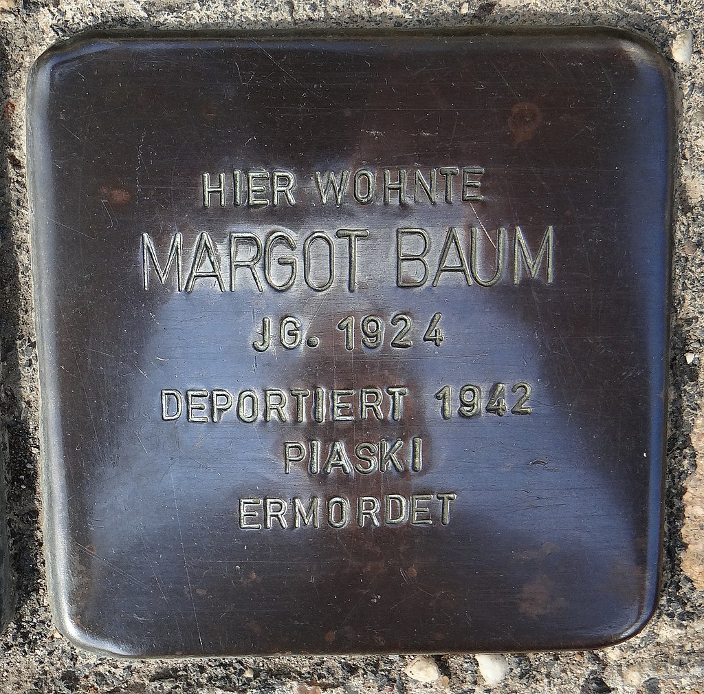 Undenheim Stolperstein Staatsrat-Schwamb-Straße 74 Margot Baum.jpg