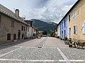Une rue de Mont-Dauphin (2020).jpg
