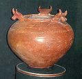 Urartian pottery, Erebuni museum 6a.jpg