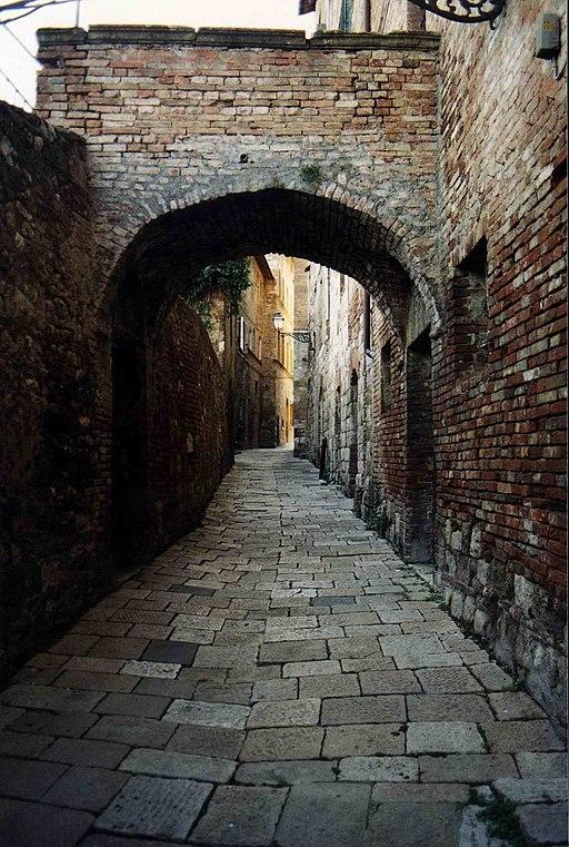 Via delle Romite, centro storico Colle di Val d'Elsa