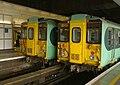 Victoria station MMB 02 455825 455838.jpg