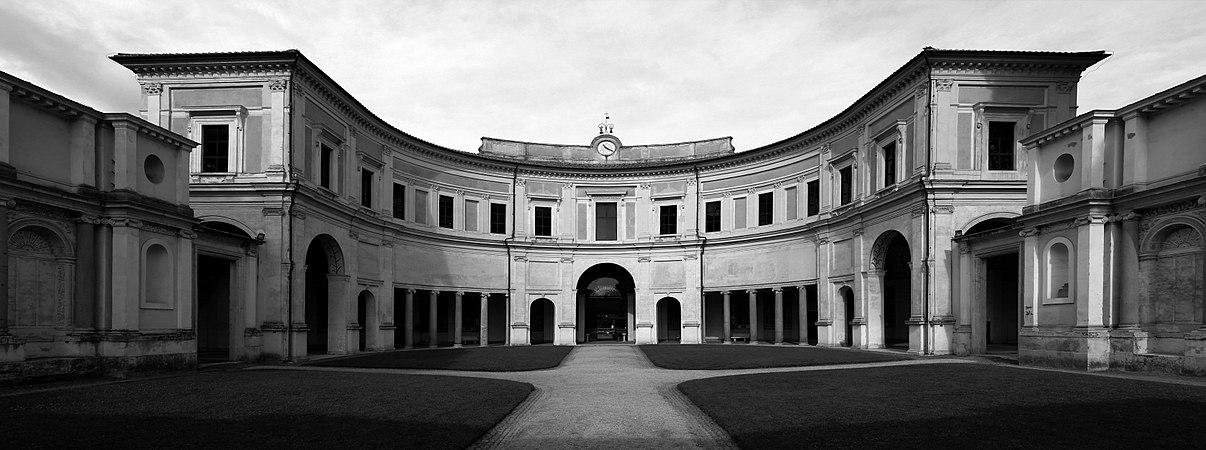 Villa giulia, primo cortile, emiciclo 00 bn.jpg