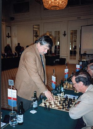 Simultaneous exhibition - Grandmaster Vlastimil Hort giving a simultaneous exhibition, 1997