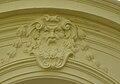 Vstupní brána Vrtbovské zahrady, maskaron.JPG
