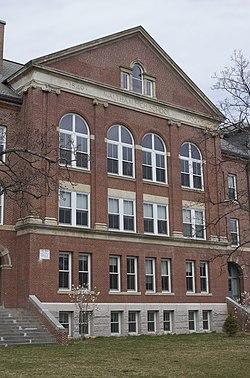 Waltham MA Waltham High School facade.jpg
