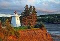 Walton Harbour Lighthouse 01.jpg