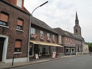 Wachtendonk - Image: Wankum, Sankt Martin Kirche in straatzicht foto 1 2012 08 20 17.28