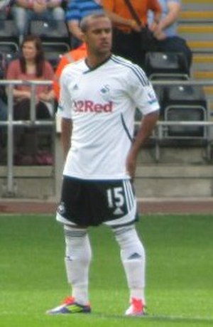 Wayne Routledge - Routledge playing for Swansea City in 2011