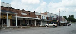 Westmoreland, Tennessee - Image: Westmoreland tennessee business district 2 2009
