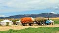 Widoki mongolskiego krajobrazu widziane z minibusa Karakorum - Ułan Bator (04).jpg