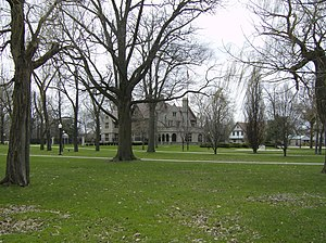 Walkerville, Ontario - Image: Windsorwillisteadman orpark