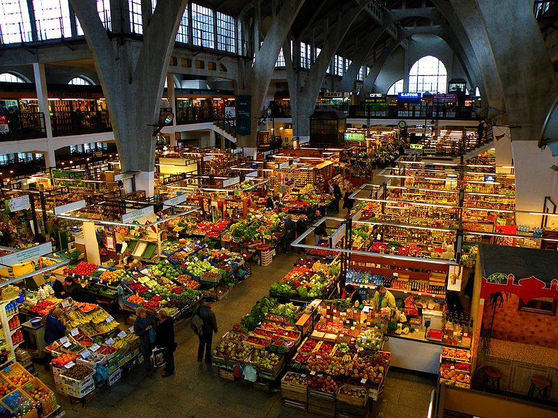File:Wroclaw Daily Market.jpg