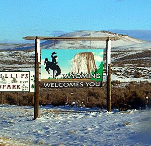 Wyoming state welcome sign